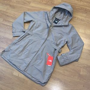 NWT The North Face City Breeze Rain Trench, XL